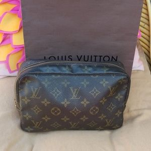 Authentic Louis Vuitton Trousse 23 cosmetic bag